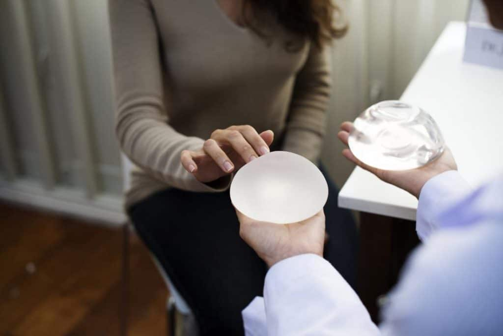 breast implant risks